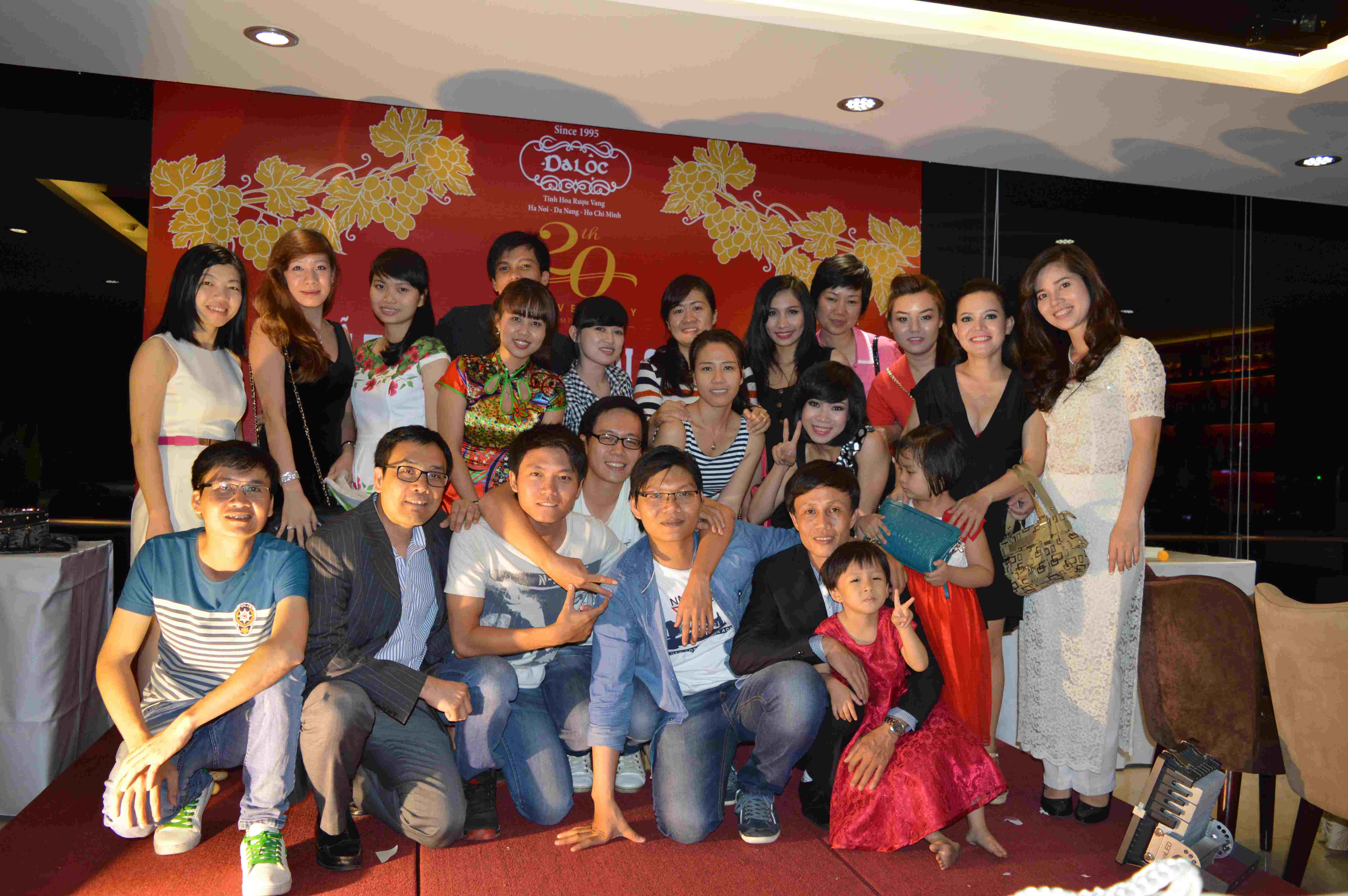 Staff Party_ HCM (4/2015)